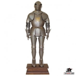 Antiqued Suit of Armour (wearable)